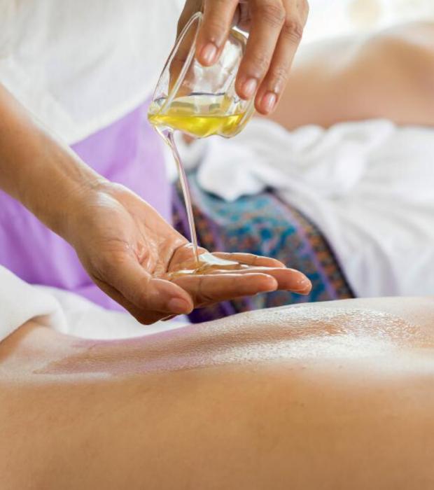 Massage détente aux huiles